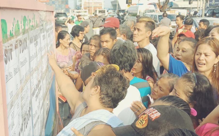 people voters election polls precinct midterm