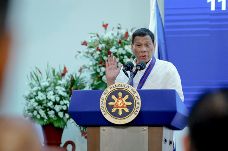 Duterte swears