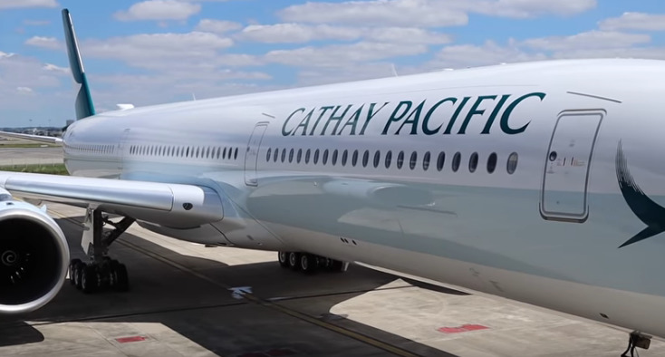 cathy pacific plane