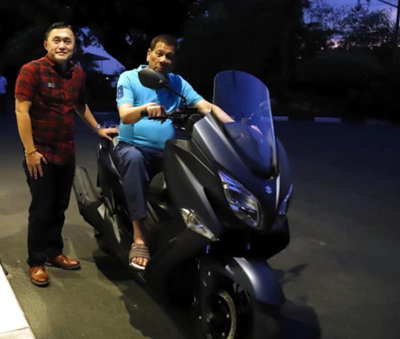 Duterte riding motor