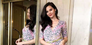cropped Catriona Gray