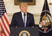 Trump podium white house
